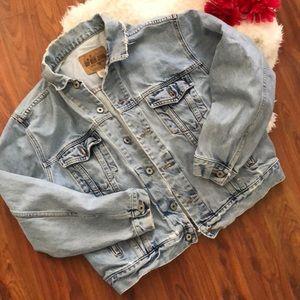 Vintage Gap Distressed Jean jacket L